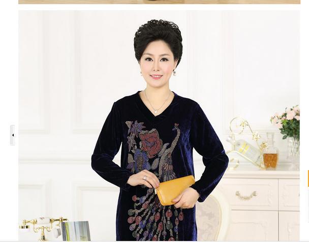 V-neck T-shirts older women Rhinestone gold velvet mother's Clothing casual loose big yards on Summer Autumn Clothing 2014(China (Mainland))