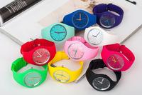 Reloj Free Shipping Simple Fashion Jelly Rubber Watch European Hot Sale Geneva Brand Candy Color Unisex Wristwatch Quartz NW266