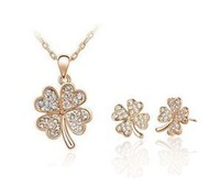 Rose gold plated Fashion jewelry four leaf clover necklace + post earring + glass crystal + free shipping