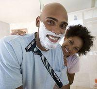 HOT sales men's non-toxic fashion cheap traveling portable men's razor set