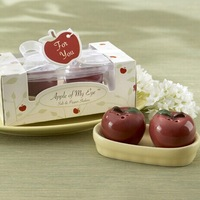 Wedding Favors Apple of My Eye Salt&Pepper Shakers (apple gifts on christmas eve) +200pcs=100sets/lot+FREE SHIPPING