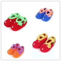 Cute Newborn Baby Girl Crochet Shoes Handmade Knitted Crib Shoes Infant Winter Footwear(3 pairs/lot) 4 Colors