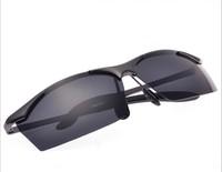 2014 Fashion wayfarer Polarized sunglasses men Anti-UV men's glasses riding Driving Mirror  sun glasses