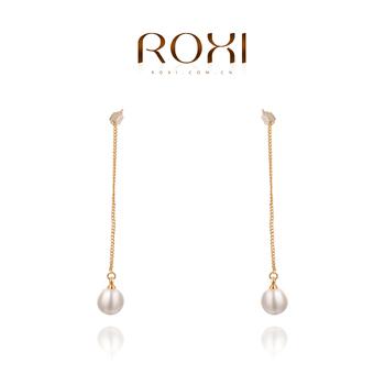 Roxi брендовые женские серьги-гвоздики ручной работы, изготовлены из розового золота (позолота), с трех разовым золотым напылением, серьги в форме цепочки, украшены белым жемчугом, длина 6.7см