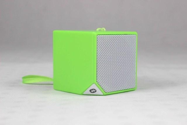Free shipping 2014 mini small rubik's cube portable wireless bluetooth speakers insert TF card,Quality goods(China (Mainland))