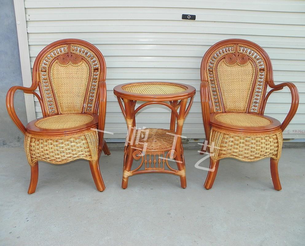Slaapkamer Stoel  Roze slaapkamer stoel heb je niet zon groot budget en geef  Nieuwe stoel voor