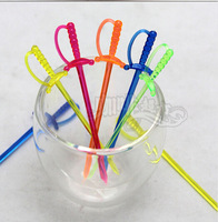 500Pcs Colorful Plastic Sword Shape Fruit Forks Desserts Snacks Picks Skewer