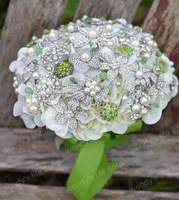 EMS FreeShipping Luxury wedding flowers bridal bouquets of white-green beaded bouquets Diameter: 20CM