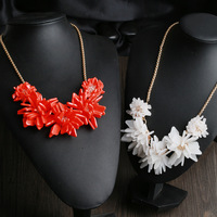 Free Shipping / K-S-J / resin magnolia NECKLACE