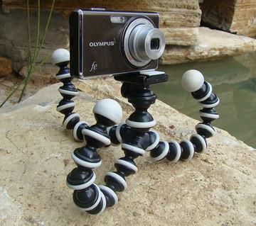 free DHL shipping wholesale 200pcs flexible tripod Universal Mini Gorilla Pod Camera Tripod Stand Holder ( S Size)(China (Mainland))