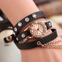 2014 New Fashion Women/Men's watch Lychee leather metal necklace full of diamond bracelet watch wholesale fashion watches women
