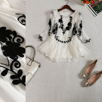 Free shipping! 2014 new European Heavy embroidery three quarter Sleeve lace patchwork T-shirt B165810
