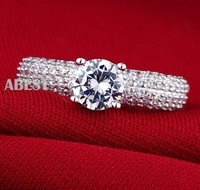 Stunning Women's White Sapphire Crystal Stone Pave Set 925 Silver Filled Wedding Ring