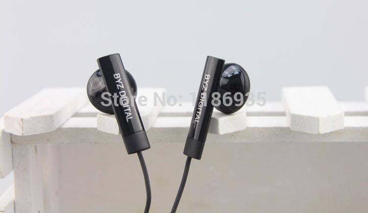 Brand Earphone H181 Xiaomi Earphone Mic Bass Black White For iPhone Samsung Free Shipping(China (Mainland))