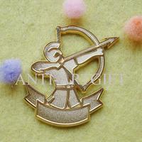 Free shipping, gold sandblast pin, high quality metal badge