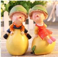 freeshipping 1pair/lot  Handicraft the resin kiss fruit doll wedding decorative wholesale