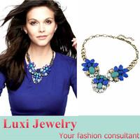 Vintage Rhinestone Flower Stone Short Necklace European Brand Jewelry Chock Necklace&Pendant  Statement Jewelry for Women