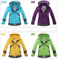 Thickening of outdoor ski-wear, two-piece suit female waterproof breathable triad mountain fleece jacket