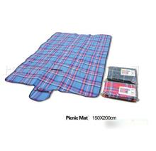 Free shipping outdoor floding beach picnic mat 1.5 * 2m big size orlon moistureproof floor mat baby crawling pad camping mat(China (Mainland))