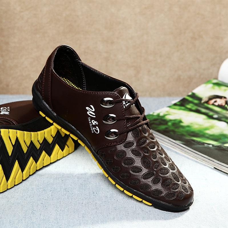sapatas ocasionais dos homens sapatos masculinos britânico esculpir modelos ou desenhos sobre madeira preguiçoso vento couro calçados negócios(China (Mainland))