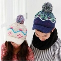 Free shipping fashion couple knit hat with ball, Christmas snowflake hat,Skullies & Beanies   High Quality 10pcs/lot