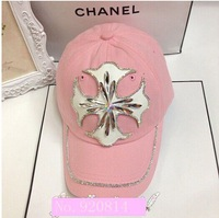 2014 fashion casual cute female hat white rhinestones flat cap limit