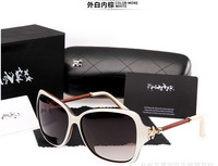 The new small incense 5080 ms sunglasses Big frog mirror box Polarized sunglasses driving