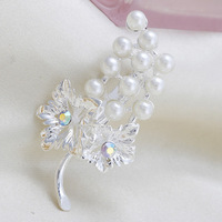 Fashion Cheap White Leaf Flower Rhinestone Pearl Women Wedding Brooch