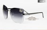 Butterfly vintage sunglasses women's big black square sunglasses metal fashion gradient rimless glasses S144