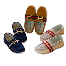 2014 muchachas de la manera muchachos calzan los nuevos niños de la marca de la PU de los zapatos de cuero niñas zapatillas de deporte ocasionales del niño de los niños solos zapatos(China (Mainland))