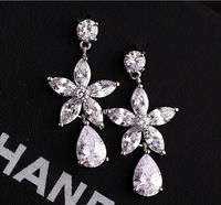 New hotselling cubic zirconia stone cz flower bridal stud earrings fashion glittering jewelry