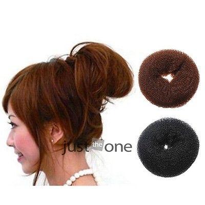 New Womens Girls Hair Donut Bun Ring Shaper Styler Maker Brown Black 2 Colors Selectable(China (Mainland))