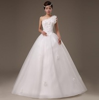 The new marriage lace wedding dress, cultivate one's morality bind together to dress one shoulder flowers. Free shipping