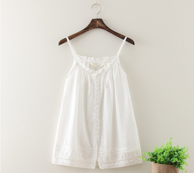 Fashion tank tops fresh art style white sun-top hollow out lace hem nice soft cotton lady camis homies free women clothing(China (Mainland))