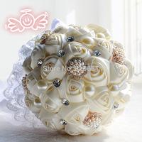 Newest Elegant Handmade Pearl And Diamond Roses Silk Rose Flower Bridal Crystal Wedding Bouquets Bridal Bouquet Free Shipping