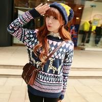 The new 2014 pullovers autumn female Korean cartoon giraffe jacquard knit long-sleeved round neck ladies wholesale Scalp