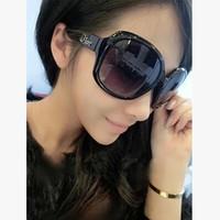 High-grade summer sunglasses The black major suit fashion sunglasses An aristocratic Sunglasses  Free Shipping