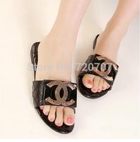 2014 Summer New sandals beach shoes Sequined Metal decoration Casual shoes Black white plaid patent leather slides EUR 35-39