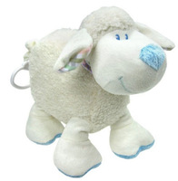 Candice guo! Newest arrival cute white sheep baby plush toy hug doll soft placate toy pull music 1pc