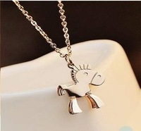 No fading horse Necklace Titanium plated necklace An aristocratic Necklace Free Shipping