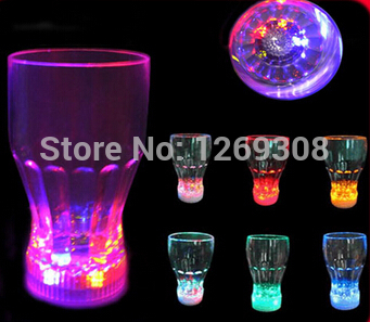Free shipping Novelty led flashing margarita glass glow in the dark party supplies(China (Mainland))