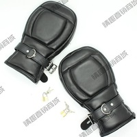 Black Leather Locking Goth Padded Mittens Gloves Dog PAW PALM Lockable Gloves