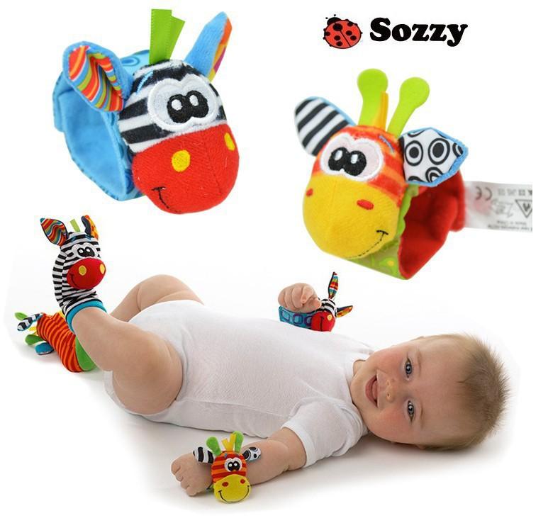 frete grátis, novo estilo( 4pcs=2 pcs pcs waist+2 meias)/lote, chocalho do bebê brinquedos sozzy jardim bug wrist chocalho e meias pé(China (Mainland))