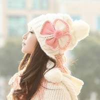Wholesale Korean version of the influx of female winter wool hat winter fashion cute ladies millinery winter knitted hat ear