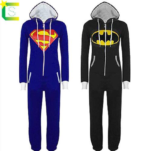 Новый унисекс Мужская и женская Супермен onesie   Бэтмен костюм фронт  комбинезон с капюшоном zip 673877cab9dec