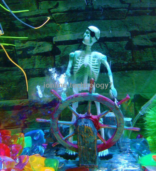 2014 swimming pool accessories aquarium decoration action-air skeleton captain ornament decoration decor for aquarium wonder o75(China (Mainland))