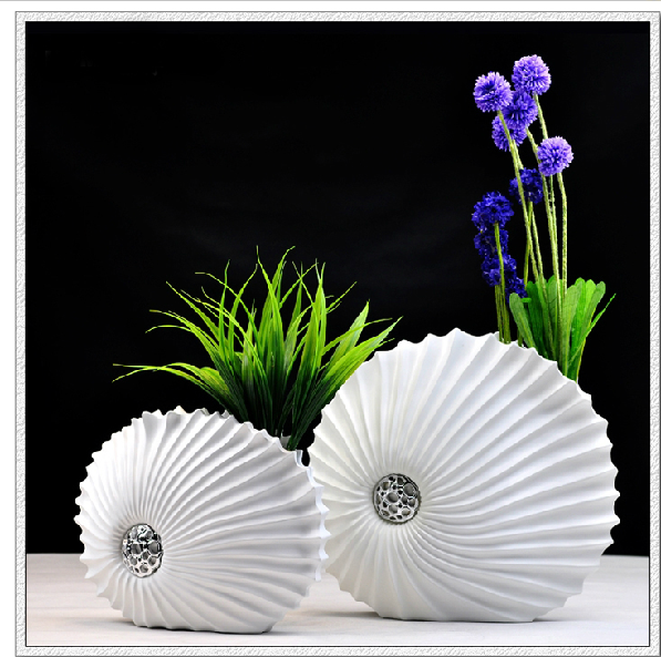 Resin vase living room decoration desktop decoration home accessories modern brief white vase set(China (Mainland))