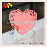2015 Unique paper red color wedding favor laser cut heart place card holders