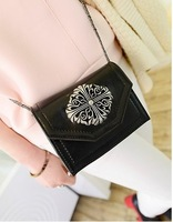 2014 handbags version of the new wave of metal chain bag retro Crow Heart packet Shoulder Messenger Bag fahion for women B002