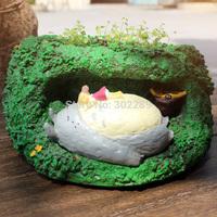 polyresin totoro design garden pot